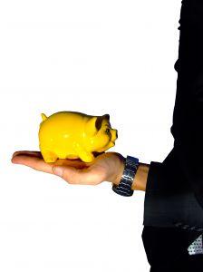 Jak oszczędzać mając niskie zarobki?