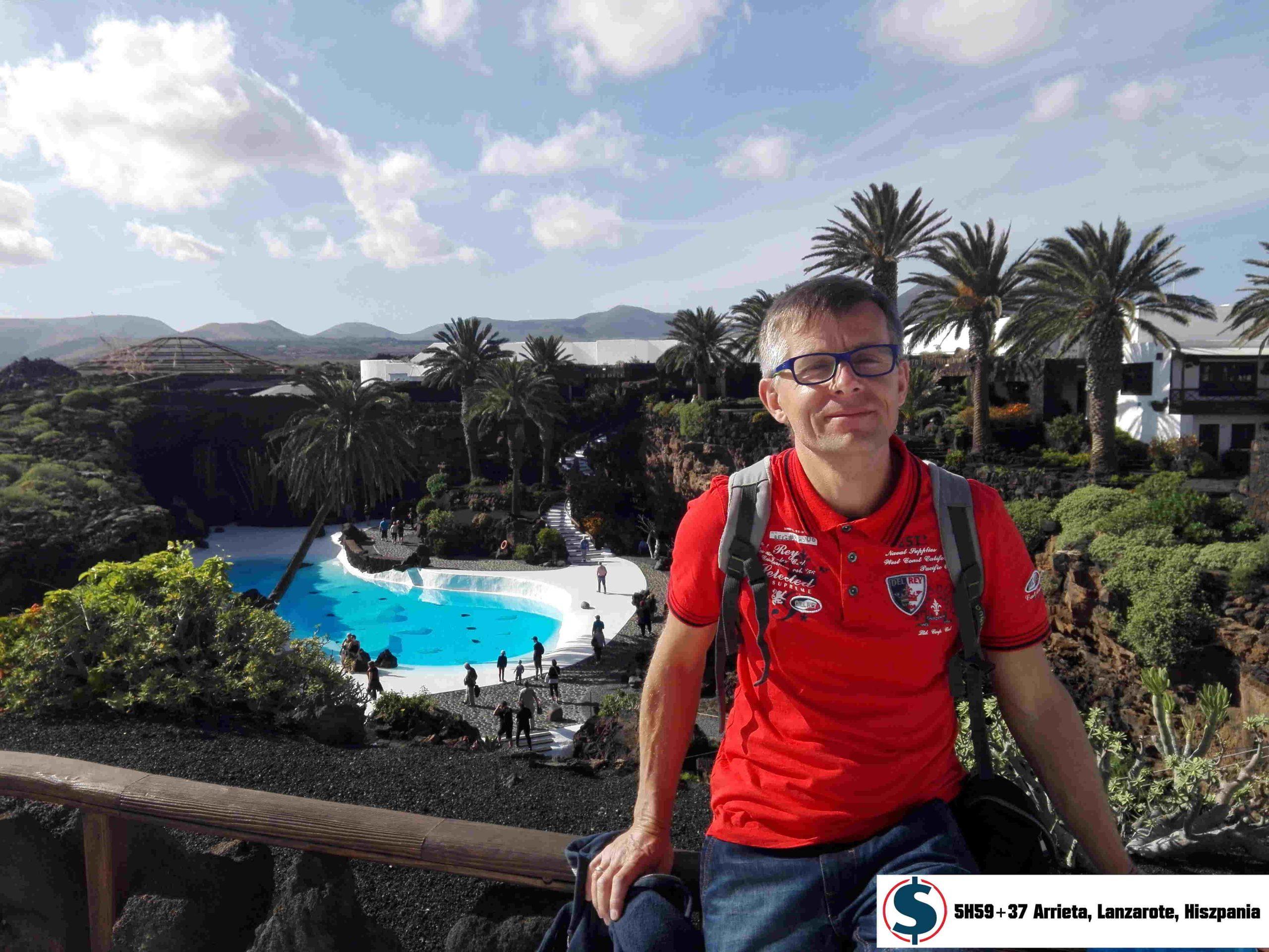 Kiedy chcesz przejść na finansową emeryturę? Hotel z basenem w wulkanie 5H59+37 Arrieta Lanzarote Hiszpania