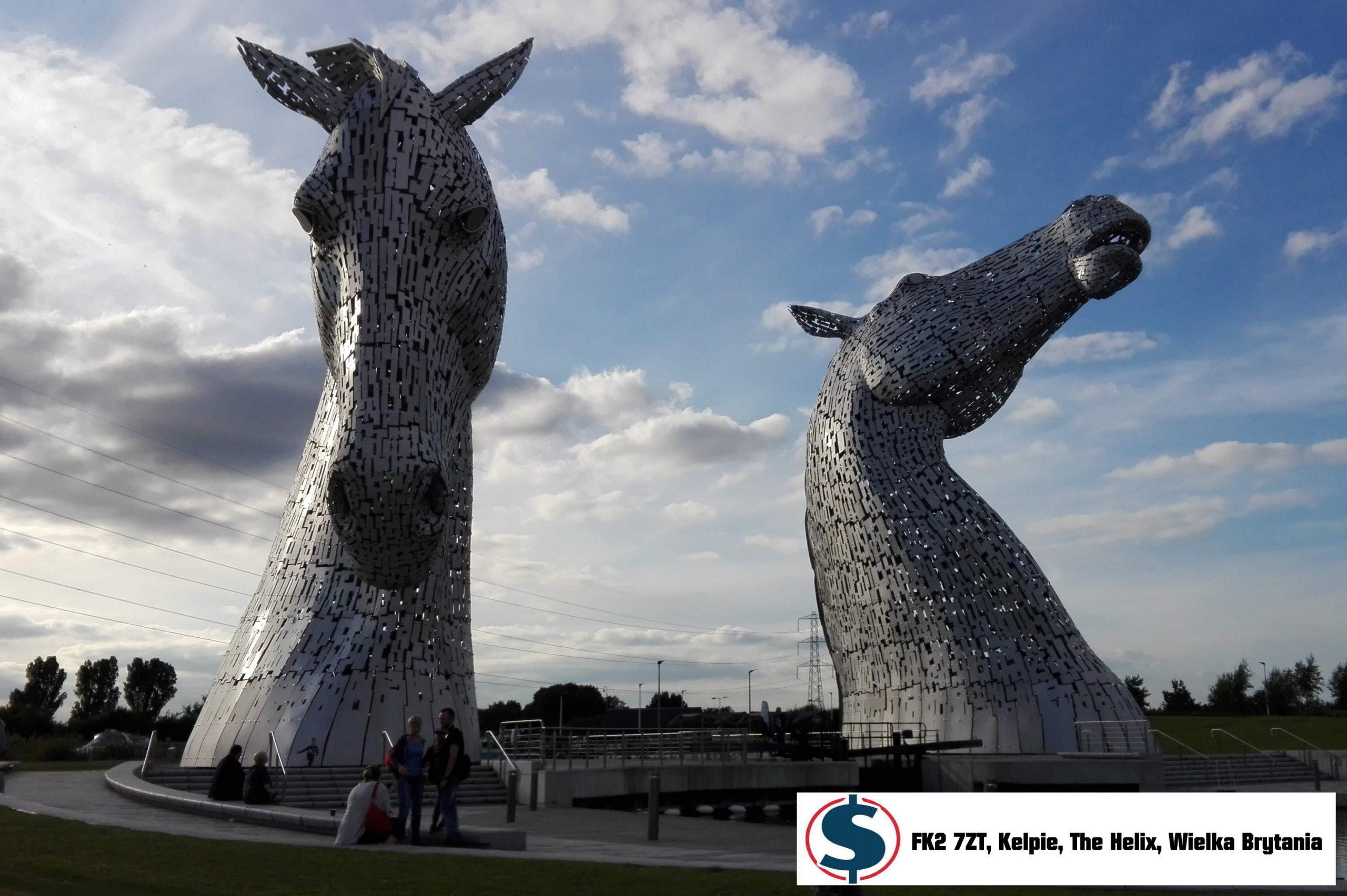 Czym jest cel dyszlowy? Rzeźba końskie głowy Kelpie The Helix FK2 7ZT, Wielka Brytania
